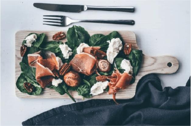 Een gezonde salade lunch | Spinazie salade, Wouter van aalst, personal training, nijmegen, lunch recepten